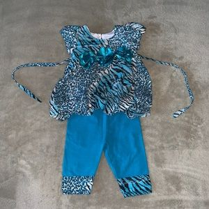 👶 Blue Retro Baby Girl outfit